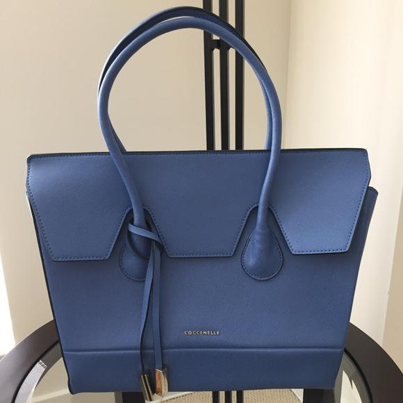 Angebot Rabattgutschein klassischer Stil von 2019 Coccinelle Tote Bag in Saffiano Blue